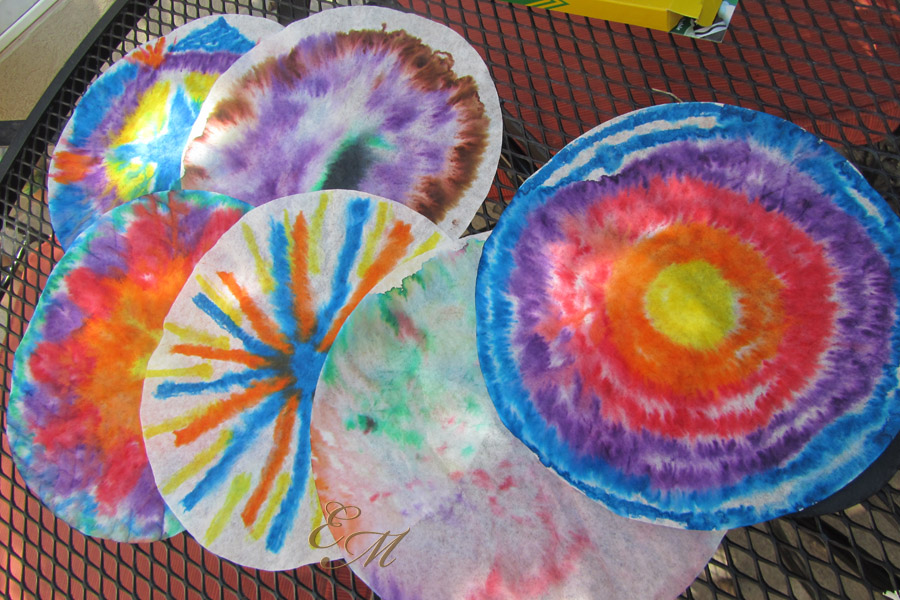 Step ... & Easy Craft Idea: Tie-Dye Paper | Evolving Motherhood