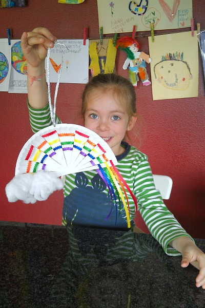 Cute hanging paper plate rainbow craft